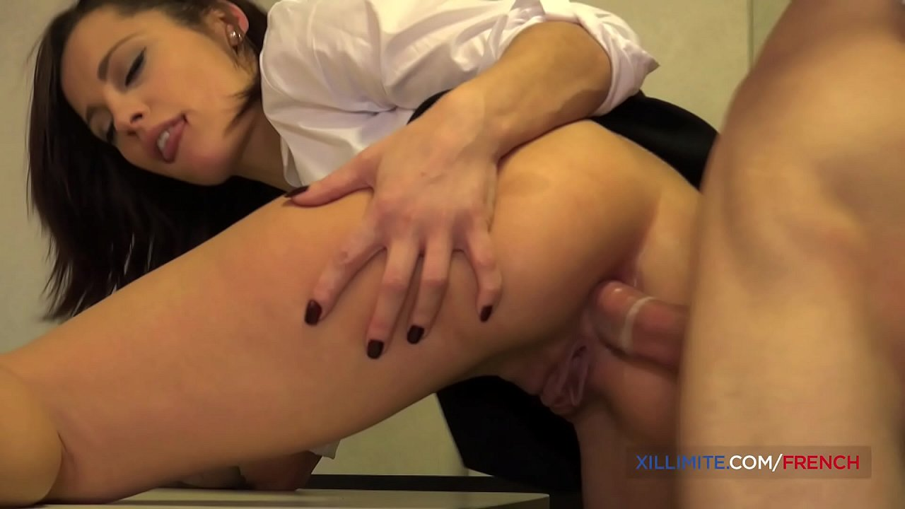 French Hard Squirt Anal