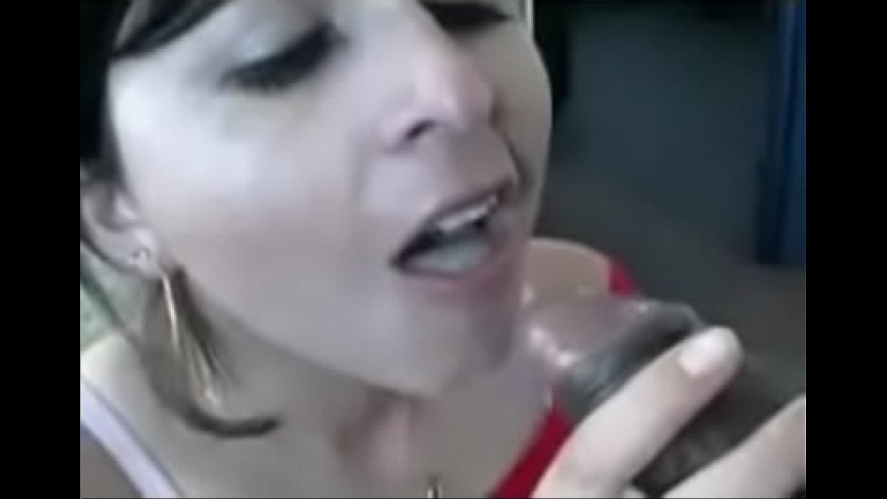 Quick Blowjob Cum Swallow