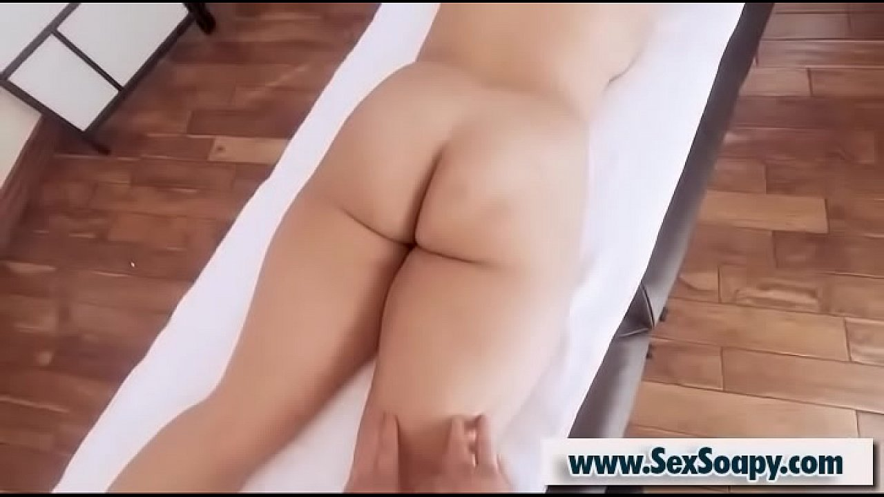 Bambino & Emor Pleezer - Busty client enjoy massage and gives oral sex