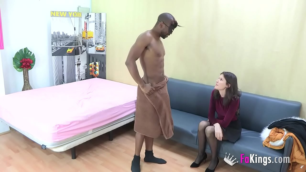 Amateur Porn New Camara Oculta Ex Wife babe came only to hire a stripper, but she had to try dat