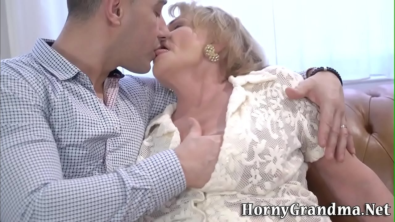 Old woman gets eaten out and plowed  thumbnail