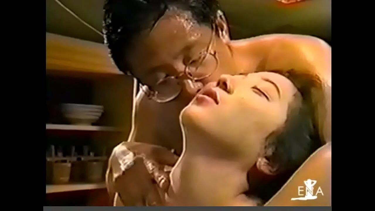 Old Man Porn Xvideos young girl swallowing spit of an ugly old man 2 - xvideos