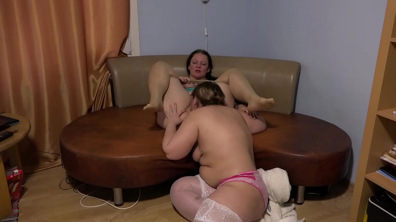 Lesbian Pussy Licking Hentai