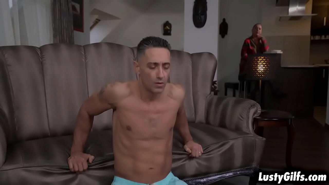 Elizabeth Bee wants a hot young stud like Mugur to take his cock deep in her hot mature pussy