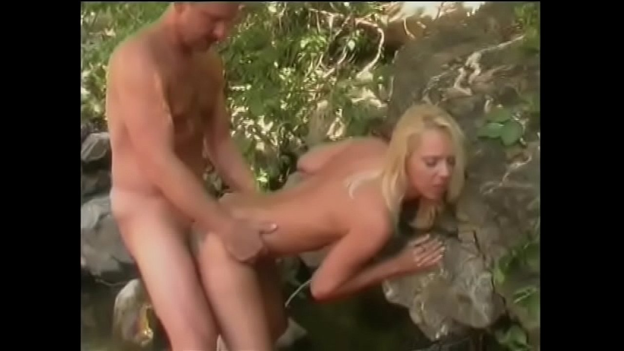 Busty blonde getting fucked on her back Busty Blonde Lita Chase Arms Are Held Be Behind Her Back As She Is Fucked In The Woods Xvideos Com