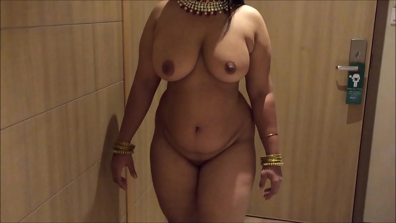 INDIAN DESI WIFE AUNTY SEXY SHOW  thumbnail