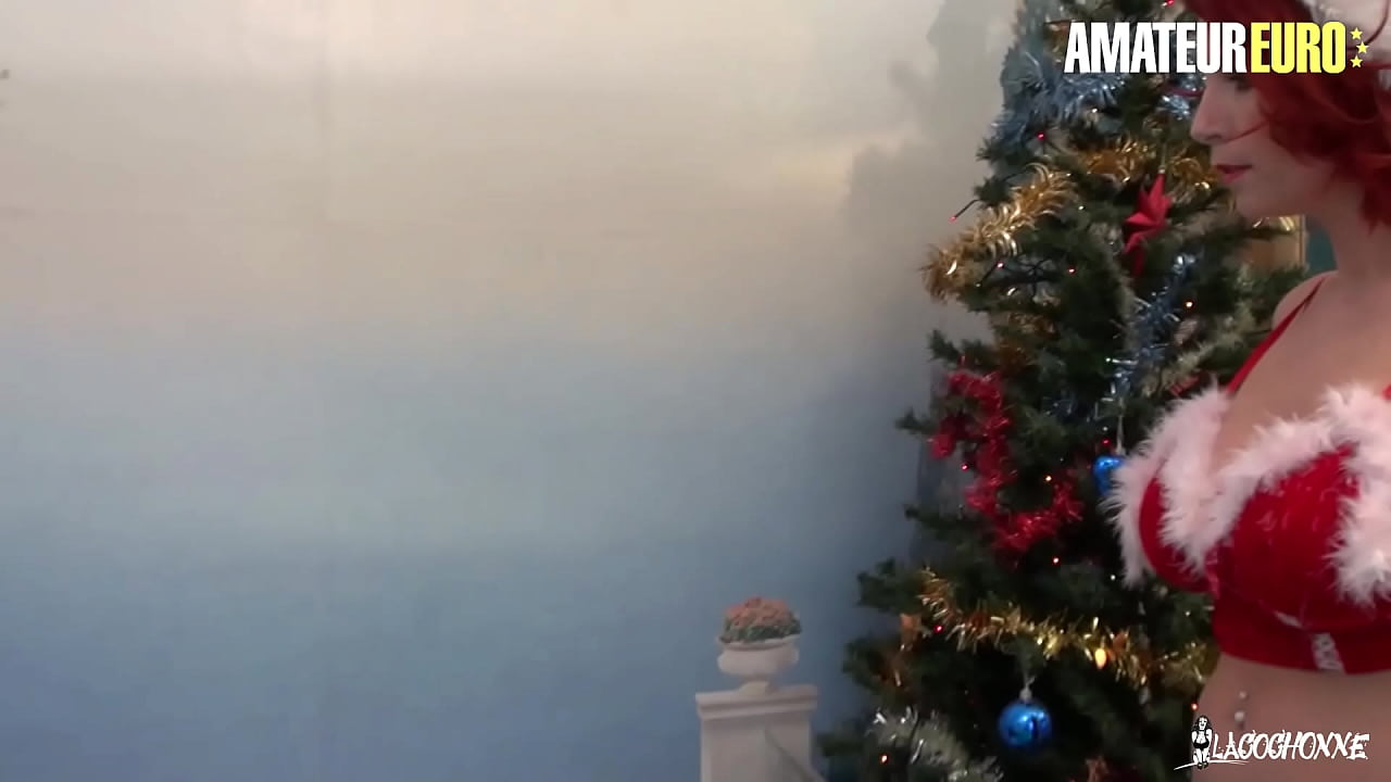 AMATEUR EURO - #Julie Valmont #Rico Simmons - Christmas Day Sex With My French Busty Wife