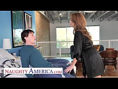 Clip sex Naughty America - Emily Addison wants to be seen and fucked