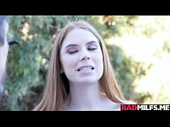 Katy Kiss eats Pepper Hart while fucking with T...