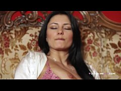 LaSublimeXXX Sofia Cucci loves solo play with a...