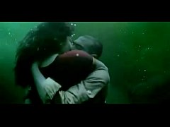 Rima Kallingal hot kissing Scene