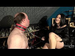 Clip sex Mouth Stretching - Foot Gagging by Domina Jemma