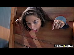 Clip sex Big round ass teen Abella Danger offers free anal sex
