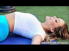 Brazzers - Sexy yoga with Mia Malkova