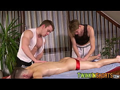 Two twink massage a curious young man