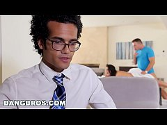 BANGBROS - Happy Ending Massage For Big Tits An...