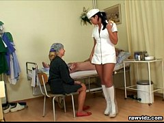 sdNubile Nurse Gets a Show