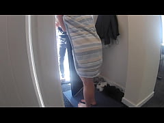 Recently Divorced Young Mom Flashes her Body, S...