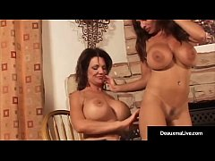 Mature Deauxma & Goldie Blair Compare Boobs & Get Turned On!