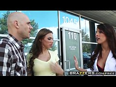 (Juelz Ventura, Kortney Kane, Johnny Sins) - Retirement Bone - Brazzers