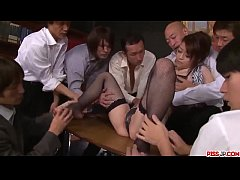 Clip sex Maki Hojo tries more than one cock in serious porn scenes  - More at Pissjp.com
