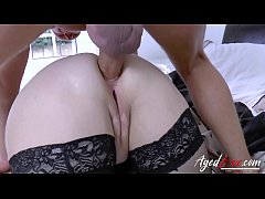 Hot mature lady has to persuade her boss via sex
