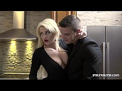 Horny Housewife Sienna Day...