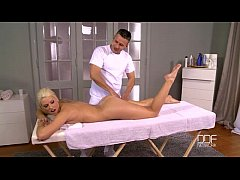 thumb czech blondie gets a massage and gives a blowjob