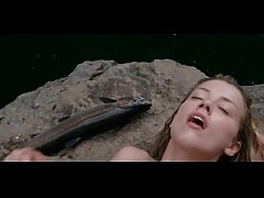 Clip sex Amber Heard Nude Swimming in The River Why