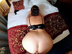 Hotel maid offers special room service for a cr...