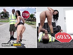 BANGBROS - Lil D The Crossing Guard Gets Rose M...