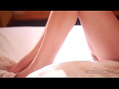Relaxing video with Nici Dee - Good Morning with Nici - XCZECH.com