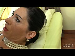 FFM Amateur french mature bourgeoise hard analy...