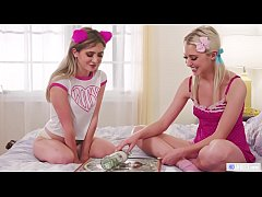 College girls eat each other out - Chloe Cherry and Jane Wilde - WebYoung