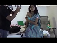 Clip sex Hot Indian Bhabhi romance With Doctor at Home