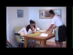 Mom breastfeeds her daughter & waitress in a re...