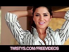 Beautiful brunette Sunny Leone shows off her big-tits