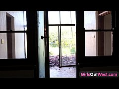 Girls Out West - Lonely amateur blondie touches herself