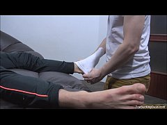 Gorgeous Gay Twinks Hot Foot Play