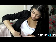 PropertySex - Squirting real estate agent cheer...