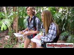 Clip sex Daughters Alyssa Cole and Haley Reed get pussies hammered in hot fourd-