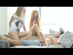 Clip sex Hot (!) Teenie Threesome