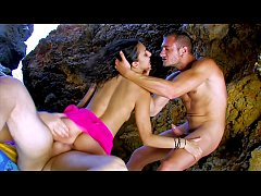 Beach Summer Anal! Euro Vacation 3-Way with lot...