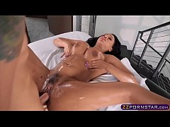 The masseur gives her a warm welcome with an oily fuck
