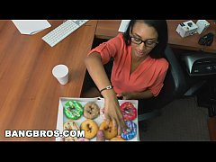 Clip sex BANGBROS - How to sexually harass your secretary (Arianna Knight) properly