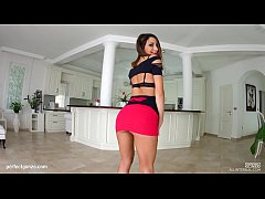 Messy creampie scene with Valentina Bianco by All Internal