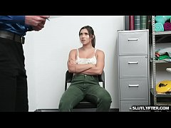 Clip sex Brooklyn Gray compromises with the LP Officer and strips her clothes off in front of him