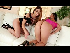 thumb london keyes  and mia fuck each other