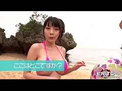 Clip sex Busty Asian girl went to the beach with her new boyfriend wh