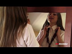 thumb riley reid hotwifing with bbc first time